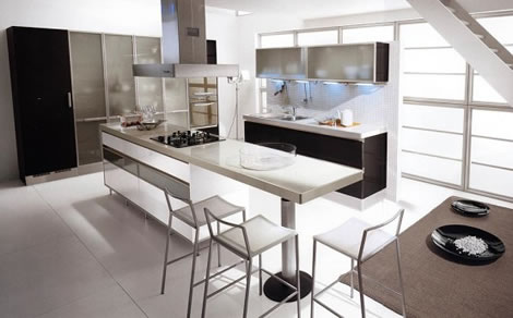Elegant-kitchen-with-white-floor-carpet-and-white-kitchen-island-and-white-chairs-and-dark-cabinets